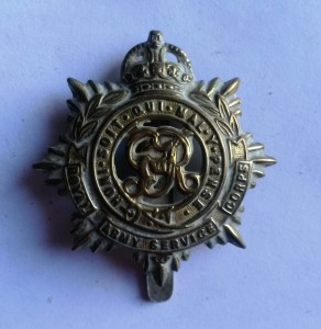 Fred Negus cap badge_two