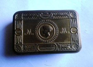 Fred Negus tobacco box